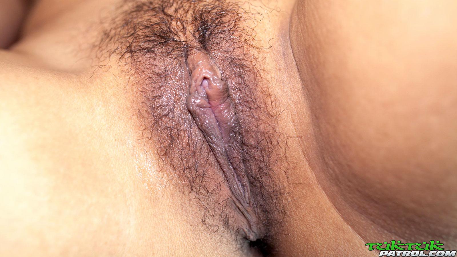 asian-hairy-pussy-close-ups
